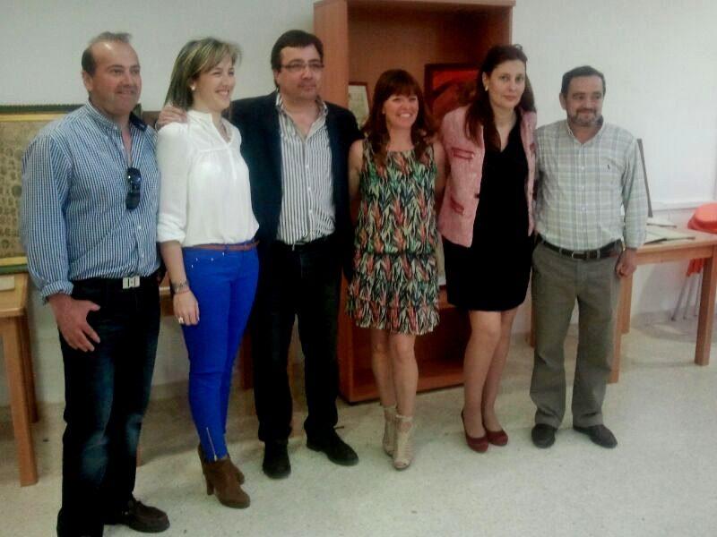 Fernández Vara inaugura exposición recuerdos en Garrovillas de Alconétar